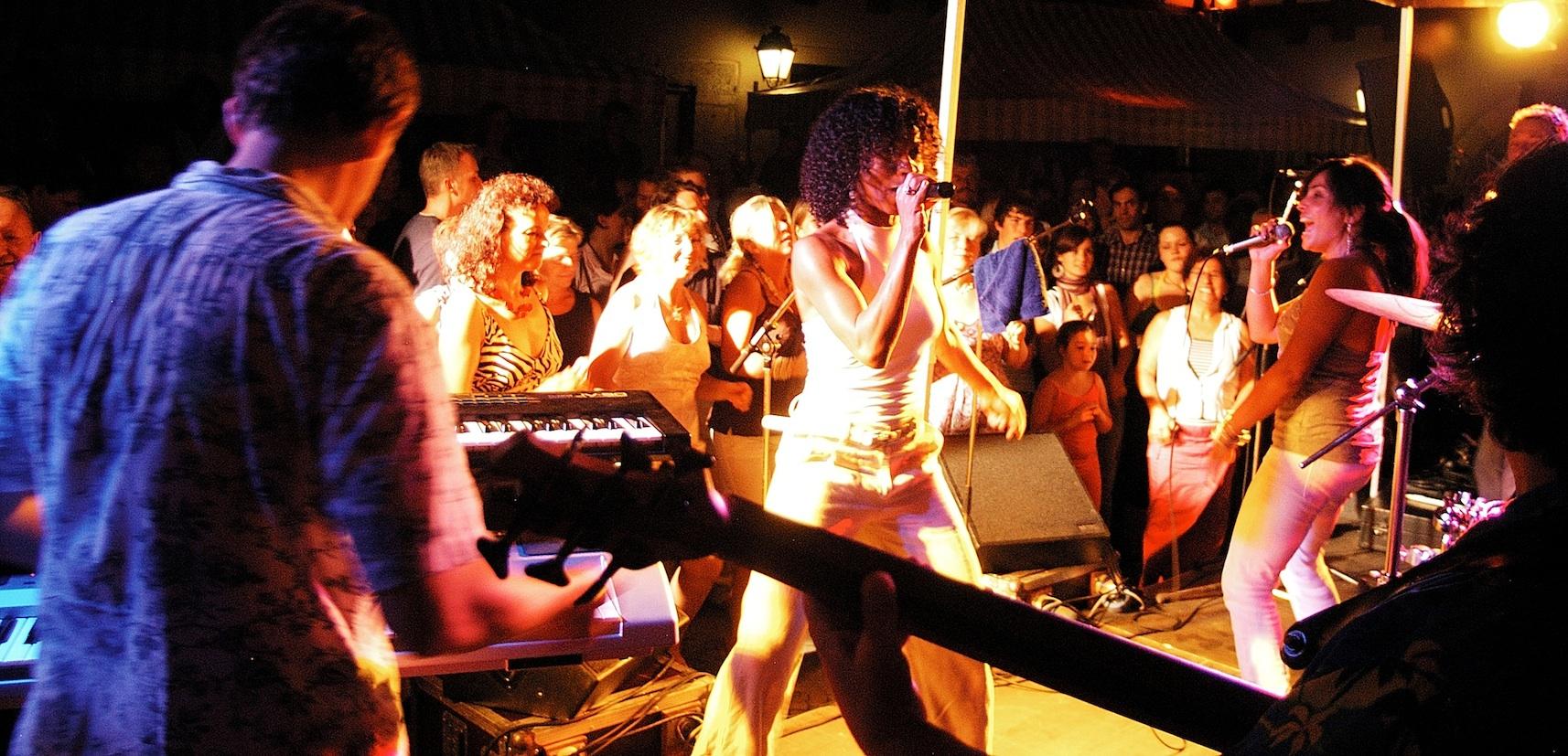 Cleo&Band&Public_2007 07 14 K-balada 241-2 Kopie